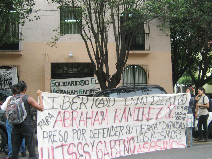Mexico City protesters demand freedom for Abraham Ramírez Vásquez